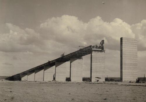 Construction Viaduc d'accès Pont de Tancarville